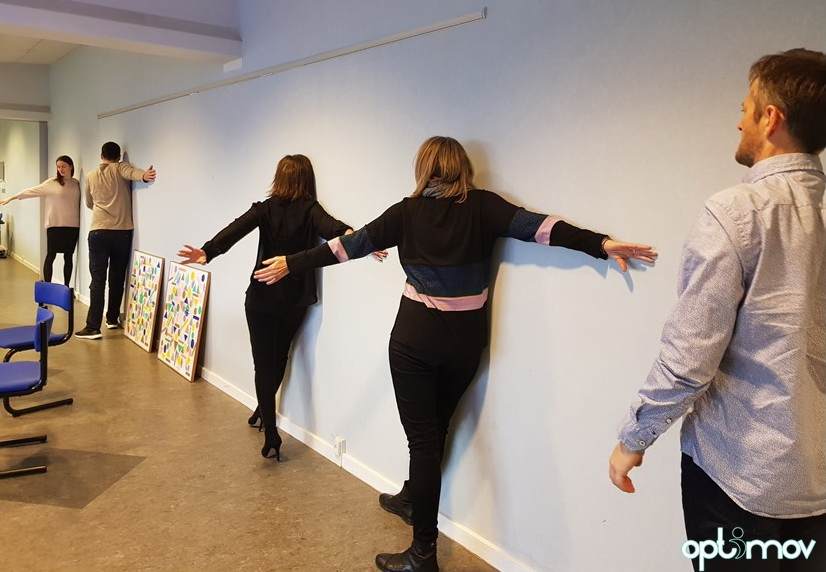 Wall stretch ergonomics